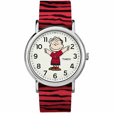 Timex TW2R41200 Unisex Peanuts Weekender Linus White Dial Red Nylon Strap Watch