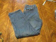 Wrangler mens jeans 34x30 classic medium wash