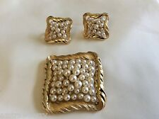 VTG Gold Tone White Pearl faux Trifari Booch & Clip on Earring Set