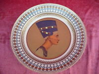 Très Beau, Gr. Zierteller__Nofretete__ Kaiser Porcelaine__32cm