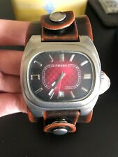Used Retro Fossil AM3627 LG Red Wrist Watch For Men, with original tin