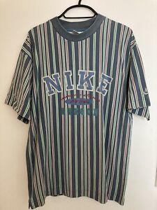 Vintage Retro NIKE T-shirt 90s Striped 100% Cotton