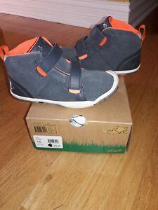 Plae Max Kids Boys Subterranean Grey Suede  Machine Washable Shoes Size 10.5