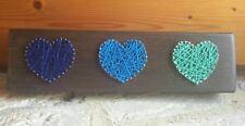 CUORI FATTI A MANO Stringa WALL ART PICTURE-legno colorato-Blu Verde Pavone