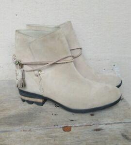 NEW Sorel Farah Ankle Suede Wrap Tassel Booties Waterproof Suede  Size 9