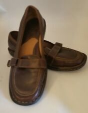 BORN Womens Slip On Shoes Brown Leather Loafers Buckle Size 6.5  37M W61312