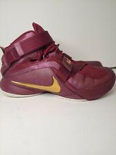 Nike Lebron Soldier IX Basketball Sneakers Men's Sz 7.5 Burgundy Gold 749490-670