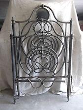Antico elegante letto una piazza in ferro battuto ghisa e bronzo fine 800