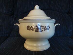 Vintage Pfaltzgraff Soup Tureen # 6-160 Beige 2 Pieces