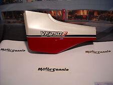 Fiancata carena sinistra Cover Fairing left OEM Honda VF750F 837A0-MB2-000ZB