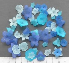 48 x mix of lucite/plastic beads 10/25 mm 18 gms  ICE, TURQ, ROYAL BLUE  Pack 25