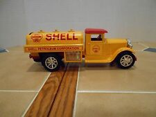 Shell Oil 1931 Sterling diecast tanker 1/34 scale,MINT!stock # GB4099