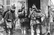 WW1 -  Photo - Fantassins allemands avec casques à pointe à Meaux en 1914