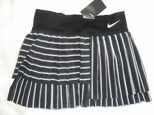 Nike Court Tennisrock Skirt CI9401-015 Gr. M NEU