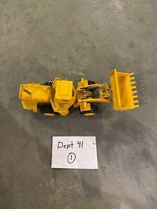 NZG 167 Cat 988B Wheel Loader 1/50 Diecast Model