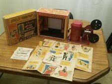 """1947 EXCEL """" JOLLY THEATRE """" 16MM PROJECTOR -STAGE SCREEN FILM w/ BOX"""