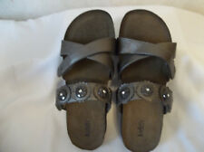 BRONZE SANDALS BY JUDITH SIZE 9M NEW WITHOUT BOX