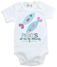 Peleles y bodies blancos para niñas de 0 a 24 meses