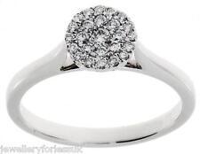 18carat Bianco Oro Rotondo Pave Set cluster anello di diamanti 0.25 Numero dei carati gsi1