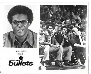 K.C JONES WASHINGTON BULLETS-REAL BLACK AND WHITE PHOTO 8X10-VF CONDITION