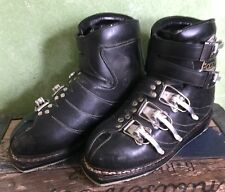 New listing Vintage 1960's Le Trappeur Ski Boots Olympic Logo Lined France French Downhill