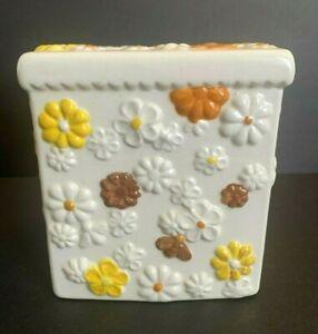 Vtg Ceramic Tissue Cover Holder Yellow Orange & Brown Daisy Daisies Flowers Bees