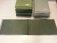 "US MILITARY SELF INFLATING   VINYL SLEEPING MAT 72"" (L) X 20"" (W)**Good**Foliage"