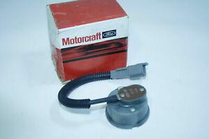 NOS Motorcraft Ford Mercury OEM Carburetor Choke Thermostat Housing E2PZ-9848-K