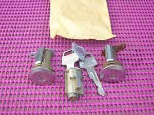 1967 1968 Plymouth Dodge Chrysler NOS MoPar DOOR IGNITION LOCK CYLINDER SET