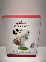 Hallmark Ornament 2014 Peanuts Gang Snoopy Its the East Beagle