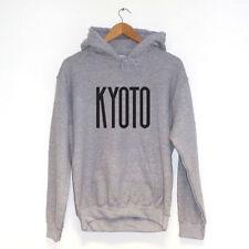 Abbigliamento da uomo grigie dal Giappone