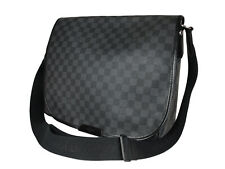 LOUIS VUITTON Daniel GM Damier Graphite Canvas Black Crossbody Messenger Bag