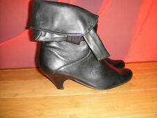 BERTIE BLACK LEATHER  ANKLE  BOOTS   EU 36 *57*