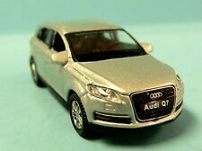 HO 1:87 Scale Welly HO Scale (1:87) Die Cast Automobile Car Audi Q7 Crossover