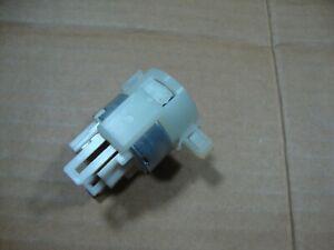 OEM 2003-2008 Subaru Forester Relay Window Fuel Pump Ignition 82501AA130