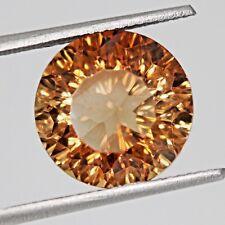 8,75 carats, TOPAZE IMPERIALE  NATURELLE