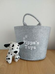 Grey Felt Trug Toy Pet Basket - personalised with your dogs name.Size 30 x 30 cm