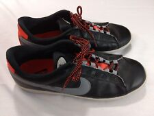 Nike Mens Tennis Classic Size 10.5 Black Gray Red 324772-003