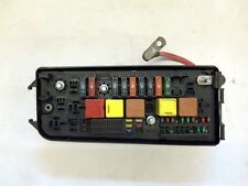 VAUXHALL VECTRA C SIGNUM FRONT FUSE BOX AND RELAYS IDENT UQ ONLY 93177488