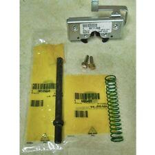 John deere Hood latch kit RE71369 M125668 M60409 19M7863 4200-4700 4210-4710