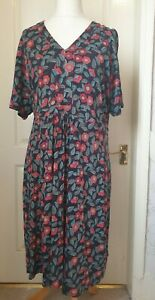 SEASALT Size 26-28 Quinn Dress- Flower Print, Tie Waist, V Neck, Plus Size