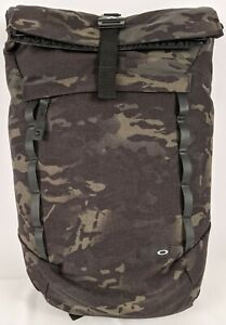 Oakley 92968P-02L-CAM Voyage 23 Liter Nylon Roll-Top Backpack, Multi Cam Black