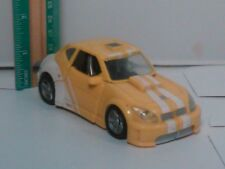 2006 Transformers Classics Deluxe Class Bumblebee Action Figure Yellow White Car