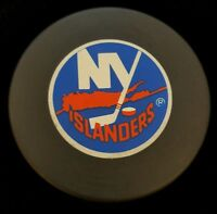 NY ISLANDERS ISLES VINTAGE CZECHOSLOVAKIA SLUG ZIEGLER NHL OFFICIAL GAME PUCK