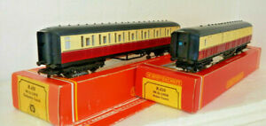 2 x Hornby OO Scale British Rail Composite & Brake Coaches