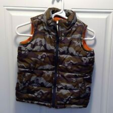 Old Navy Camo Skull Puffer Vest (Boy's Size XS)