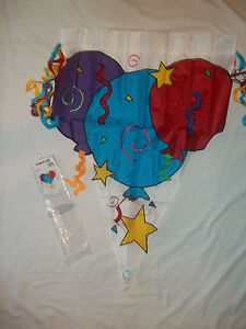 """NEW FUN FLAG """"3 BALLOONS"""" LARGE FLAG 28x 40"""" PERFECT FOR CELEBRATION/PARTY"""