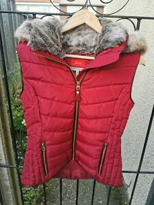Joules Maybury Gilet Red Wine Quilted Fur Hood Size 12
