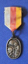 Ancienne médaille religieuse pèlerinage du rosaire a notre dame de lourdes 1956