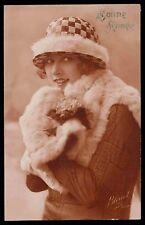 Art Deco 1920s original vintage photo postcard romance lady furr hat winter